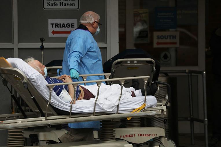 75.000 morts dans le monde, la décrue pas confirmée en Europe