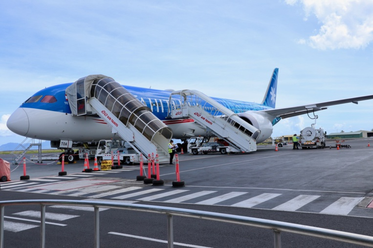 Dans le cadre de la continuité territoriale Air Tahiti Nui opérera un vol tous les dix jours entre Papeete et Paris pendant au moins deux mois.