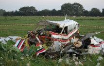 Russie: les secours cherchent un avion disparu, ils trouvent 2 autres épaves