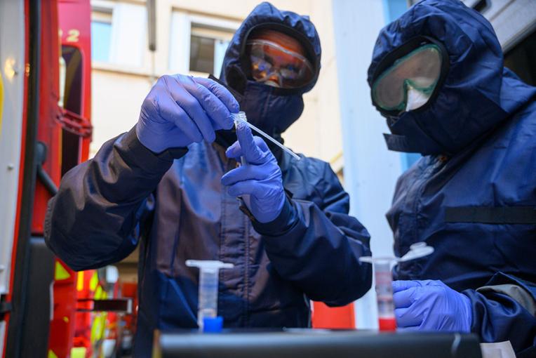 """Coronavirus: des députés demandent que les Outre-mer soient """"territoires pilote du dépistage généralisé"""""""