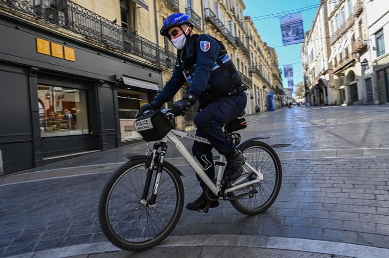 Seine-Saint-Denis: un homme armé d'un couteau tué par des policiers