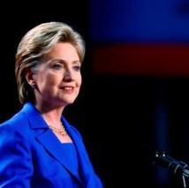 Clinton au Laos pour une visite historique