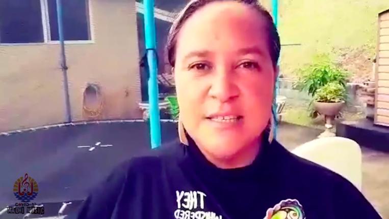 Quinze artistes polynésiens, dont la chanteuse Maruia, ont participé à ce projet.
