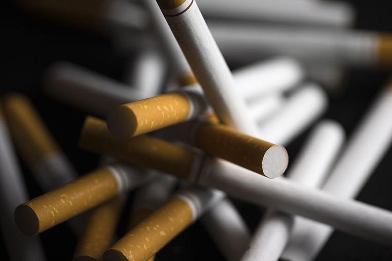La nicotine, arme potentielle anti-coronavirus, bientôt testée