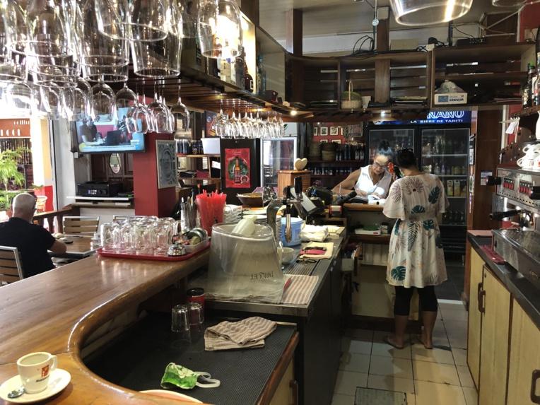 Les restaurateurs reprennent petit à petit leur activité dans la capitale.