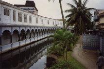 Relations franco-fidjiennes : Paris fait l'éloge de la non-ingérence