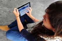"""Pour recruter, les employeurs veulent se faire des """"amis"""" sur Facebook"""