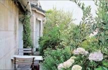 Des petits jardins coincés dans le béton pour le plaisir et contre la crise