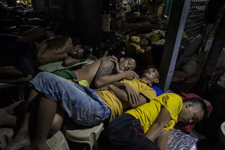 Près de 10.000 détenus libérés des prisons philippines, infectées par le coronavirus