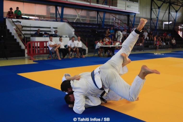 Pour les sports de combat, comme le judo, aucune confrontation ne sera autorisée. Le travail se fera essentiellement en individuel avec les consignes d'un coach.
