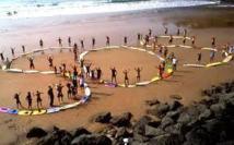 """La Surfrider foundation Europe honore les citoyens """"gardiens de la côte"""""""