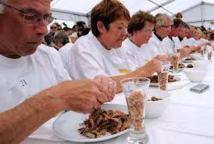 A Leffrinckoucke, les décortiqueurs de crevettes dans une forme olympique