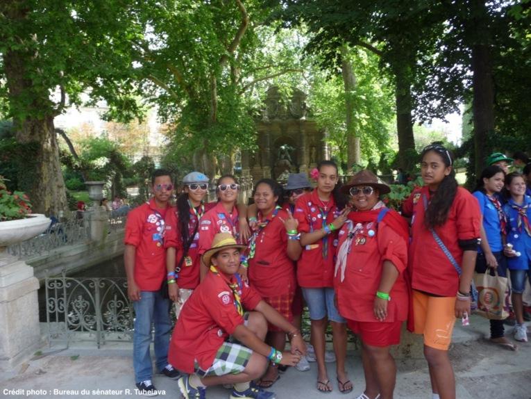 Richard Tuheiava: 55 scouts polynésiens visitent Paris