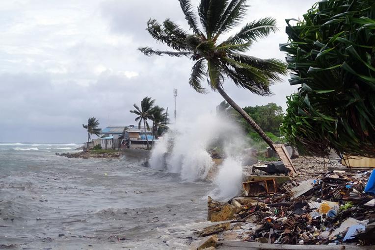 Deux pêcheurs retrouvés après six semaines d'errance dans le Pacifique