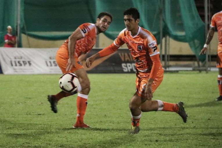 Leader de Ligue 1 avant l'arrêt du championnat à la mi-mars, les Orange de l'AS Pirae devront encore patienter avant de décrocher un nouveau titre de champion.