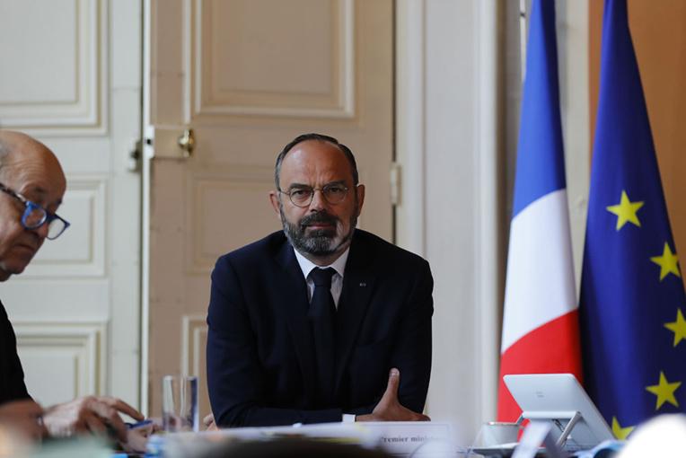 """Le Premier ministre """"prêt"""" à une évolution de la loi pour une quarantaine plus exigeante en Calédonie"""