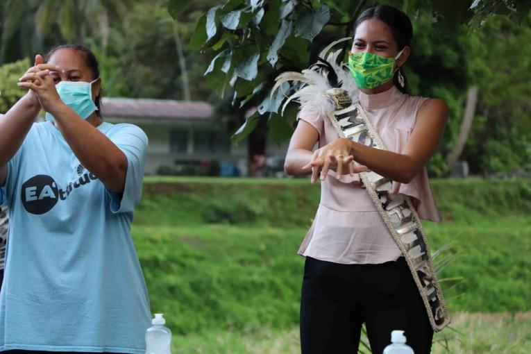 Des dons et une Miss contre le coronavirus à Papara