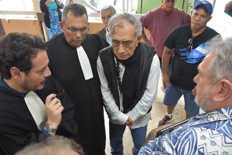 Oscar Temaru et ses avocats convoqués à la gendarmerie