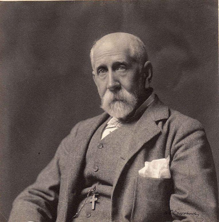 John Thomas Arundel, un Britannique qui devint le roi des phosphates du Pacifique à partir de 1871. Sa compagnie, la Pacific Phosphate Company, lui rapporta une fortune.