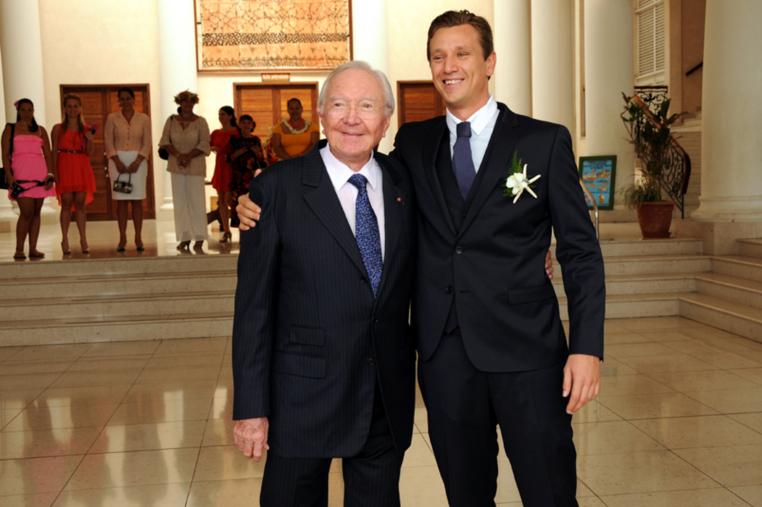 Le sénateur Gaston Flosse marie  son petit-fils Thomas Dumont avec Poerava Guilloux
