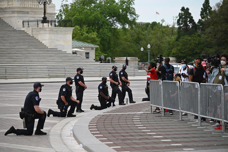 Etats-Unis: le ministre de la Défense ne veut pas déployer l'armée face aux manifestants