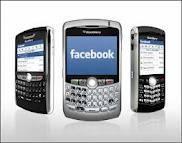 Facebook vise les mobiles pour faire oublier ses débuts boursiers décevants