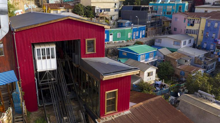 A Valparaiso, après la crise sociale, les conséquences funestes de la pandémie