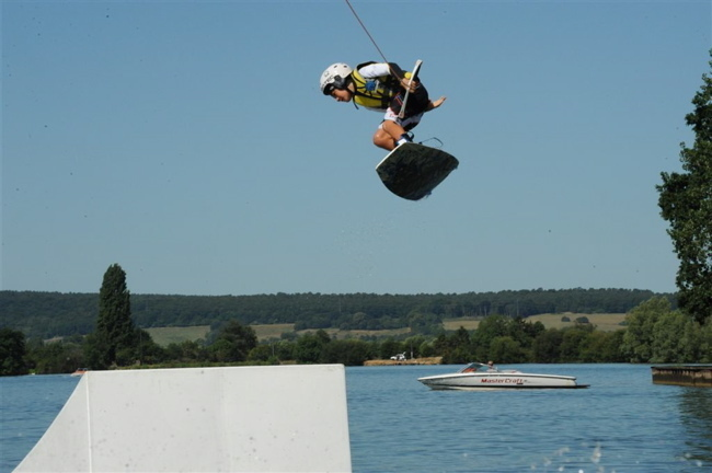 Wakeboard: Hugo Levert, Tahiti, 13 ans, vice-champion de France