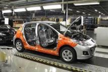 Avoir des voitures à 2 l/100 km: possible mais coûteux, avertit PSA