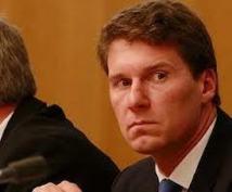 Australie: un député lie mariage homosexuel, polygamie et zoophilie