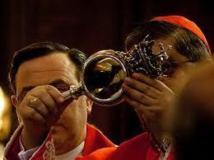 De nouveau, le sang de Saint Janvier à Naples s'est mystérieusement liquéfié