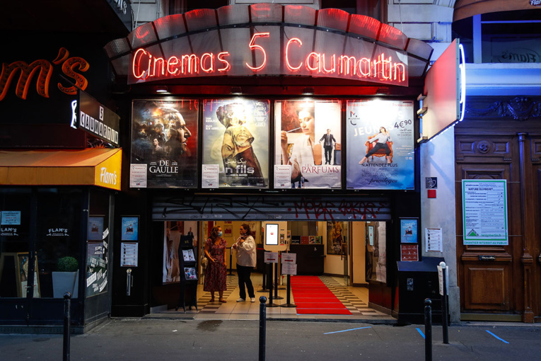 Virus: les cinémas et casinos rouvrent lundi, les stades le 11 juillet
