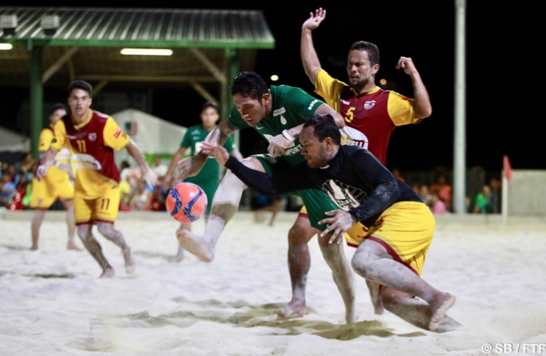 Tiki Tama et Green Warriors face à face lors de la dernière édition du Beach Soccer Tour.