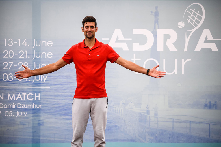 Tennis: sale temps pour Djokovic, positif au coronavirus