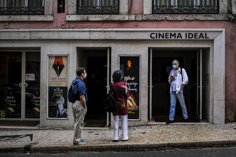Virus: nouvelles restrictions à Lisbonne, les Portugais s'inquiètent pour le tourisme