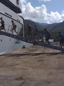 Le Bougainville à bon port à Atuona