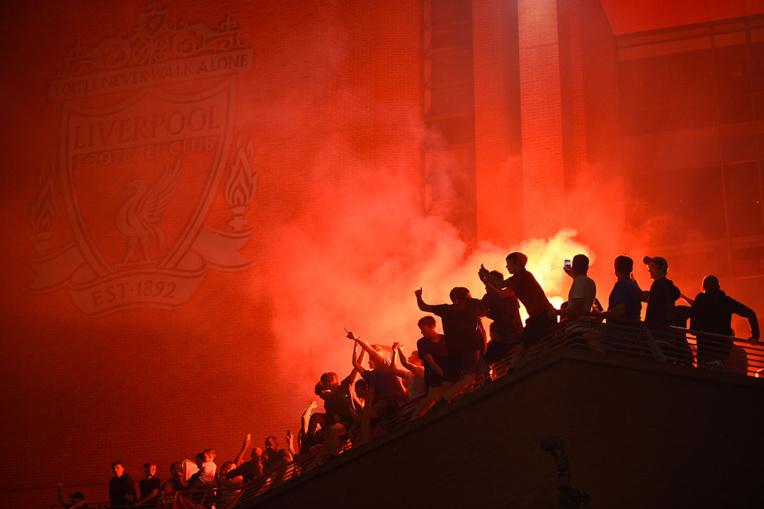 Angleterre: Trente ans après, Liverpool monte à nouveau sur le trône