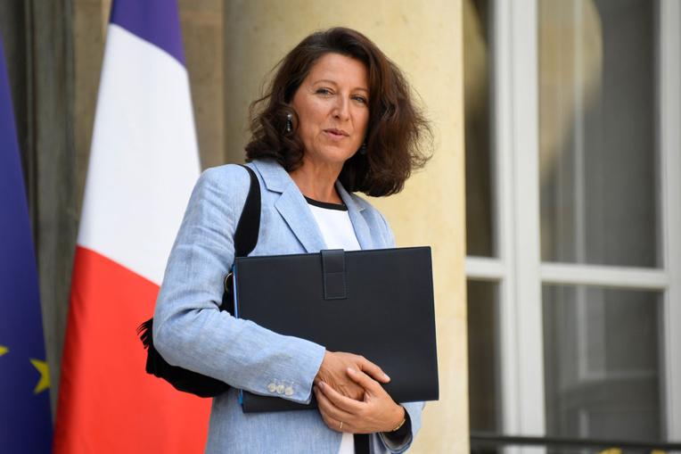 Crise sanitaire: Agnès Buzyn livre ses explications à la commission d'enquête