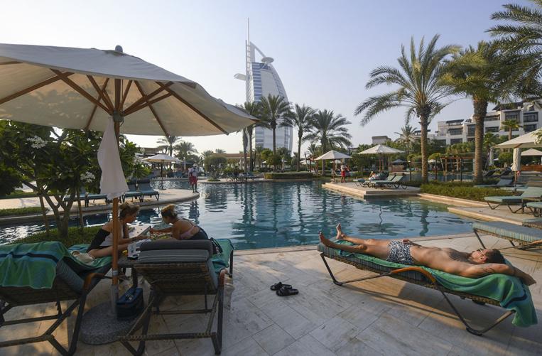 A Dubaï, portes rouvertes aux étrangers mais priorité au tourisme intérieur