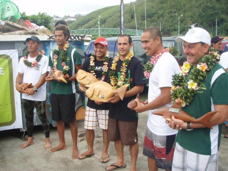 Pêche sous-marine: 4ième et avant-dernière manche du Championnat de Polynésie par équipes : Montagnon et Tepou prennent de l'avance