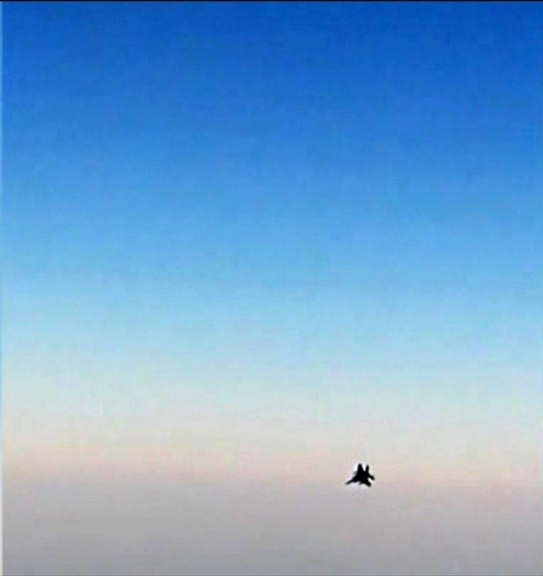 Un avion de ligne iranien approché par des chasseurs américains, Téhéran proteste