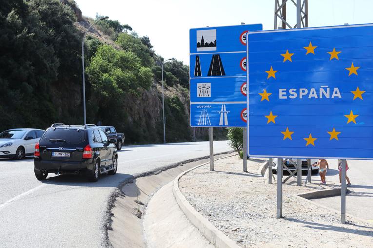 La reprise de l'épidémie en Espagne inquiète ses voisins européens
