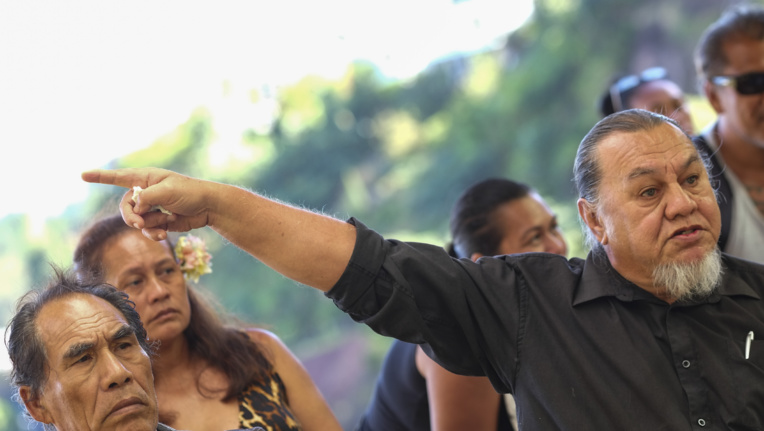 Joinville médiatise sa plainte à Miri