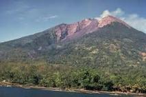 Papouasie : le volcan de Manam menace toujours