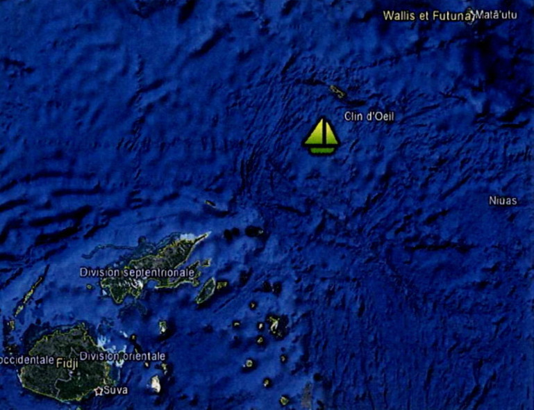 Opération de sauvetage en mer pour un trimaran français au large de Fidji