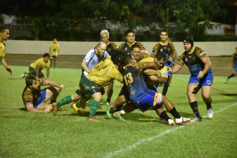 La Fédération polynésienne de rugby est désormais dans l'attente de l'ensemble des résultats des tests. Une fois ceux-ci connus, les présidents de clubs se réuniront jeudi pour prendre la décision de poursuivre ou non les championnats.