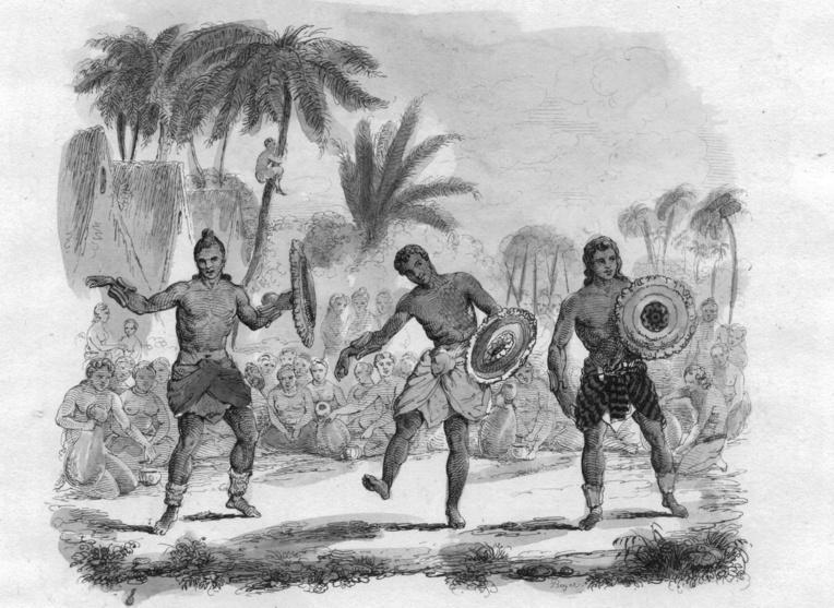 Des guerriers hawaiiens exécutant une danse : faire des prisonniers dans les combats permettait de disposer de victimes pour les sacrifices humains.