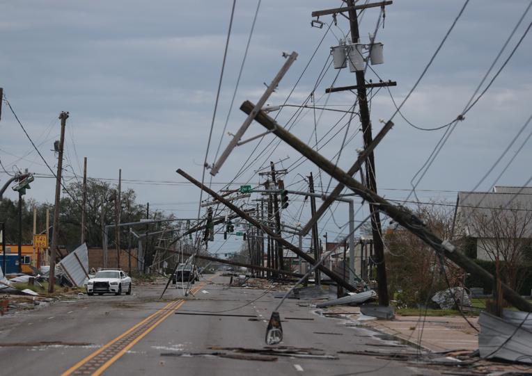 L'ouragan Laura fait une première victime en Louisiane, d'autres attendues