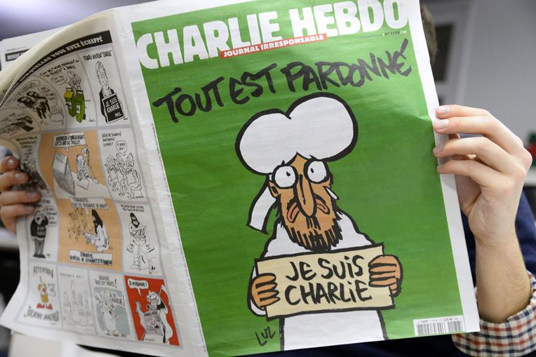"""""""Nous ne renoncerons jamais"""": Charlie republie les caricatures de Mahomet"""