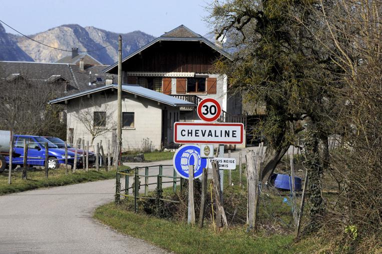 Un cadavre et une voiture brûlée à Chevaline, huit ans après la tuerie